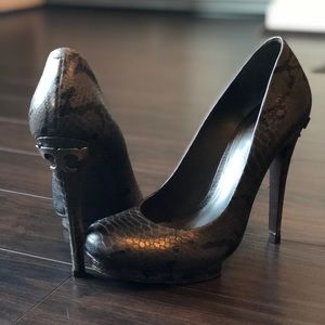 Tory Burch Jude Snakeskin Leather Heels 🔥